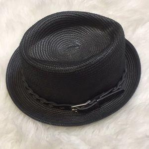 Obey hat. Size L/XL